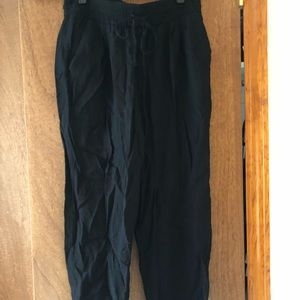 Black Zara jumper pants